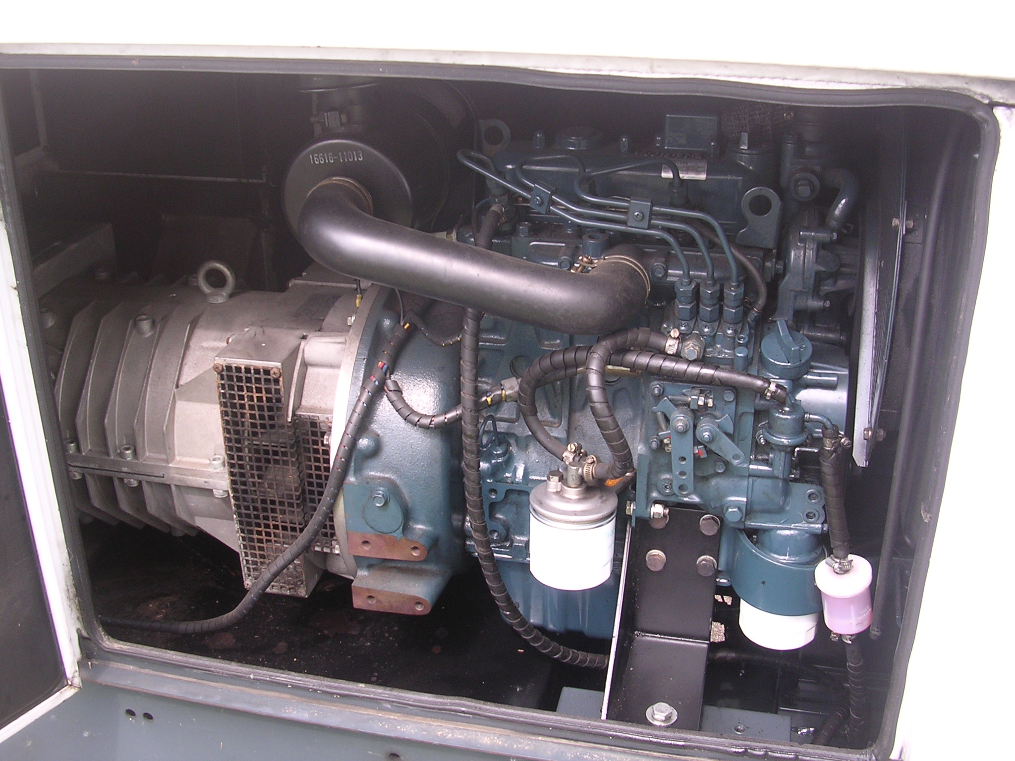 Stage 1 Just The Generator Off Grid Uk Kubota D1105 Wiring Diagram Second Picture Shows Inside Diesel Engine Which I Now Know To Be A Manufactured In November 2003 Is On Right And